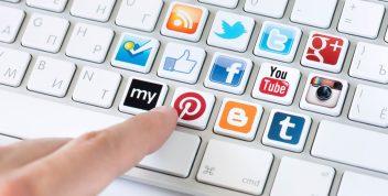 Tích hợp mạng xã hội vào website